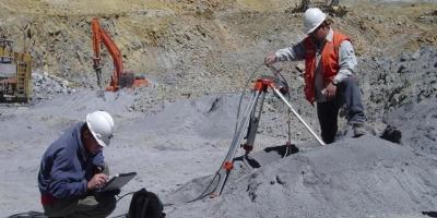 Georadar pentru analiza tunelurilor, digurilor si a puturilor de foraj