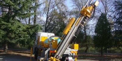 Masini de foraj pentru lucrari geotermale